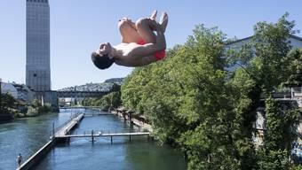 Die Schweiz geniesst die ersten Hitzetage des Jahres