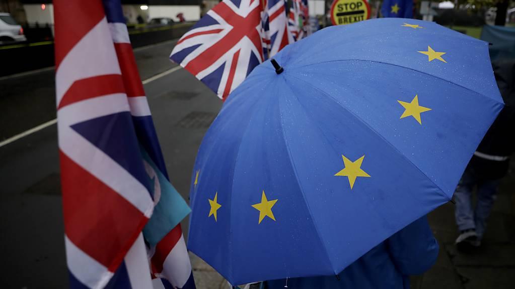 Die Botschafter der 27 in der EU verbleibenden Mitgliedstaaten haben am Freitagmorgen in Brüssel begonnen, über eine erneute Brexit-Verschiebung zu diskutieren. (Symbolbild)