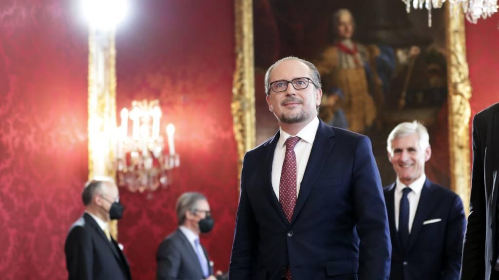 dpatopbilder - Alexander Schallenberg ist neuer Kanzler Österreichs. Foto: Lisa Leutner/AP/dpa