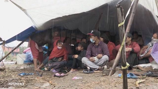 Schweizer helfen Waisenkindern in Nepal
