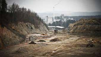 Der Steinbruch Jakobsberg in Auenstein und Veltheim soll so erweitert werden, dass für 25 bis 30 Jahre genügend Kalkstein und Mergel abgebaut werden kann.