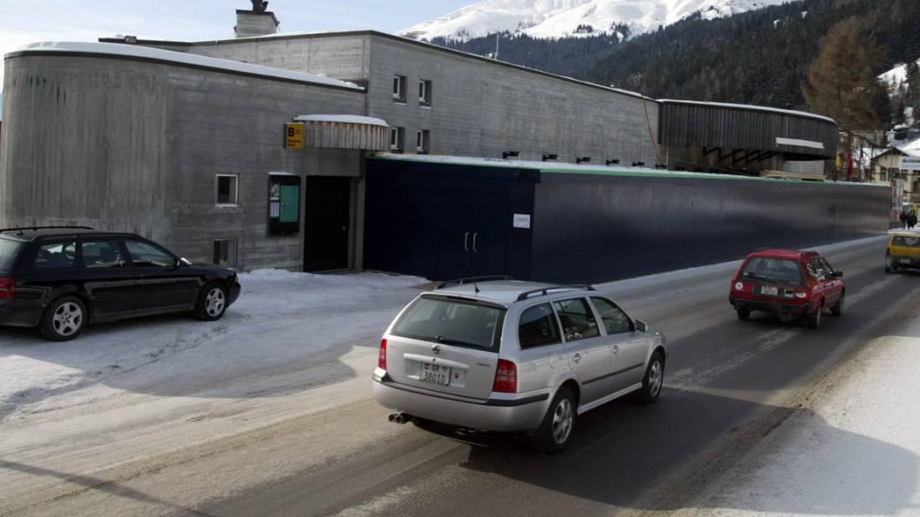 Das Kongresszentrum in Davos ist wegen der Corona-Pandemie der derzeitige Tagungsort des Bündner Parlaments.