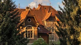 Schulhaus Hermesbühl: Hier sollen bereits am kommendem Schuljahr zwei neue Primarklassen eröffnet werden.