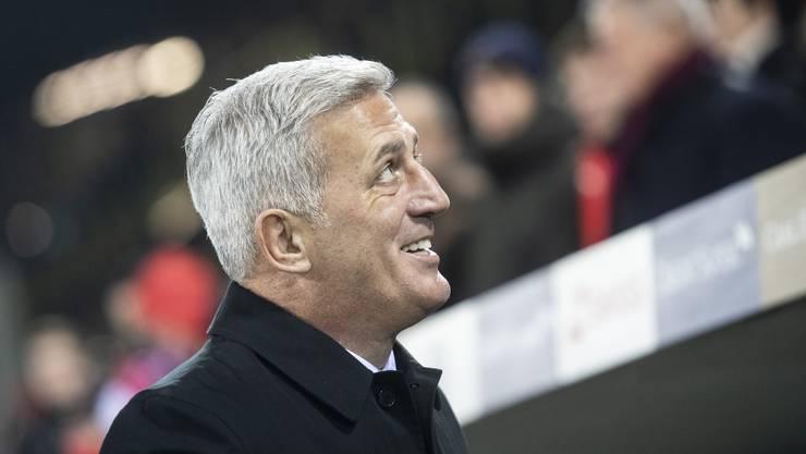 Vladimir Petkovic hat gut lachen: Sein Team besiegt Belgien mit 5:2 und zieht ins Nations-League-Final ein.
