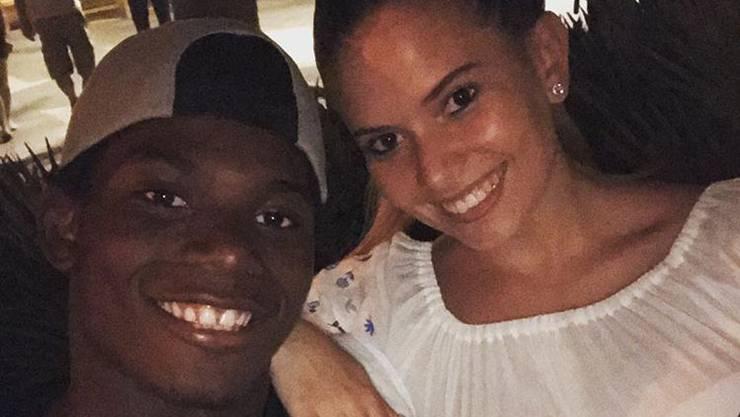 Breel Embolo und seine Freundin Naomi freuen sich über die Geburt von Tochter Naliya. (Archivbild)
