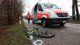 Die Polizei am Tag nach dem Unfall bei der Spurensicherung.