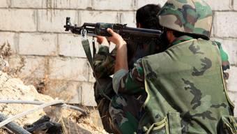 Syrische Soldaten kämpfen gegen Rebellen in Damaskus