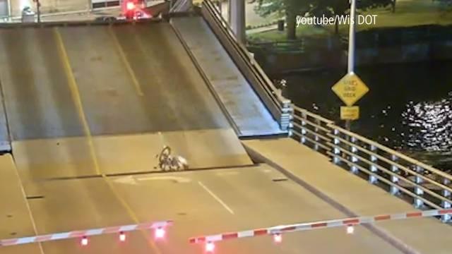 Betrunkene Velofahrerin wird von Brücke verschluckt