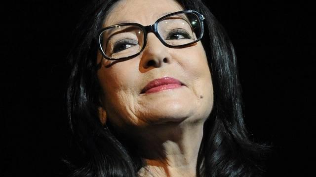 Nana Mouskouri besitzt hundert Brillen (Archiv)