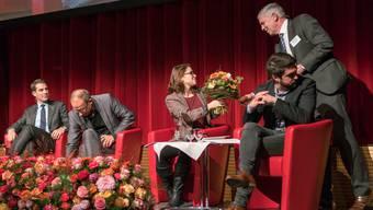 Das Wirtschaftspodium wird den Veranstaltungsort Stadthalle Dietikon verlassen. Bild: Die Teilnehmer der letztjährigen Veranstaltung.