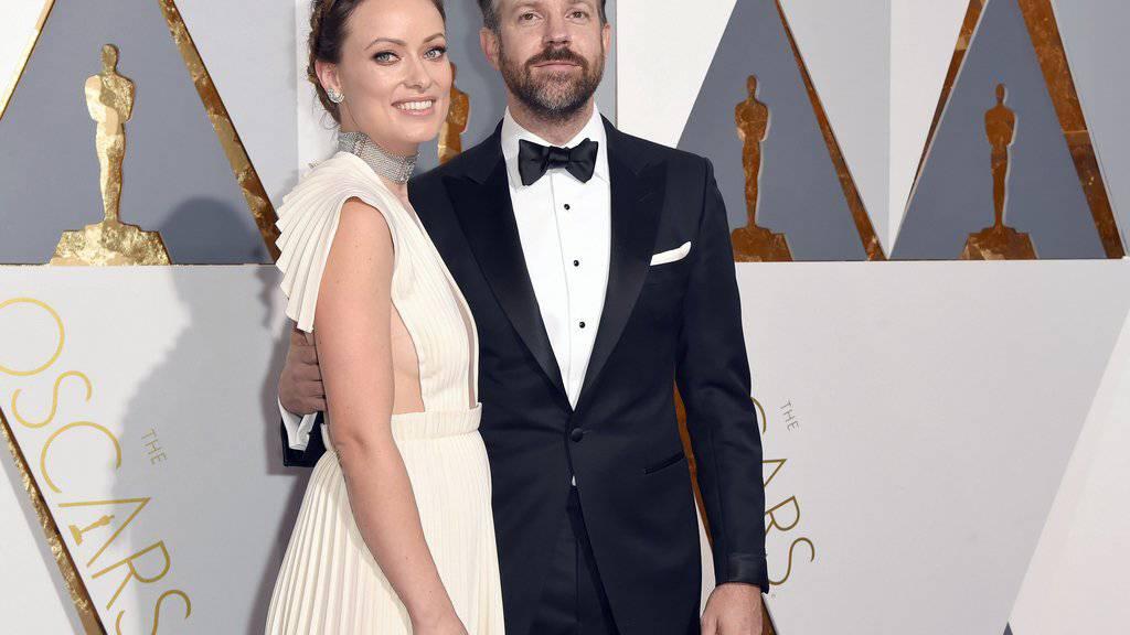Da war der Bauch noch kaum zu sehen: Olivia Wilde und Jason Sudeikis an der Oscar-Verleihung im Februar. (Archivbild)