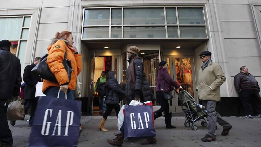 Der Konsum in den USA hat erstmals seit April wieder einen Rücksetzer erlitten. (Symbolbild)