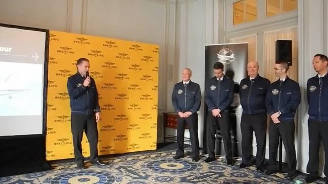 Breitling informiert an einer Pressekonferenz in Genf über die geplante Weltumrundung