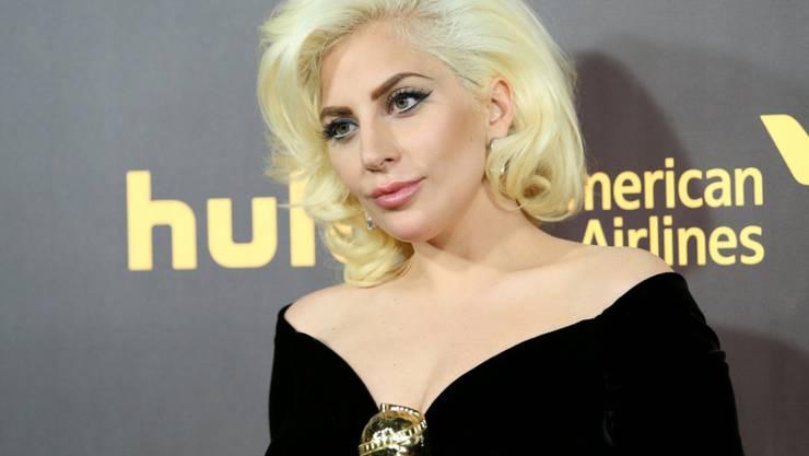Lady Gaga will dem verstorbenen David Bowie bei den Grammys ein Ständchen widmen (Archiv 10.1.16).
