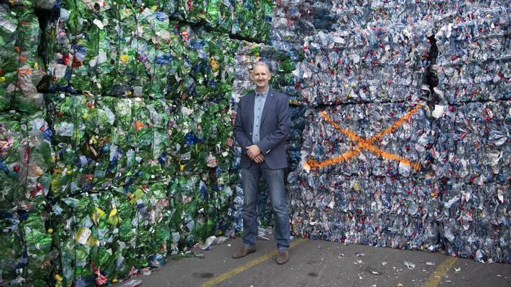 Casper van den Dungen, Geschäftsführer von Poly Recycling, in seinem Reich.