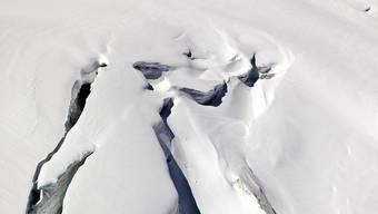 Der Verunfallte überlebte eine Woche in einer Gletscherspalte (Symbolbild)
