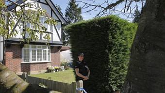 Das Haus der in Annecy F getöteten britischen Familie im englischen Claygate