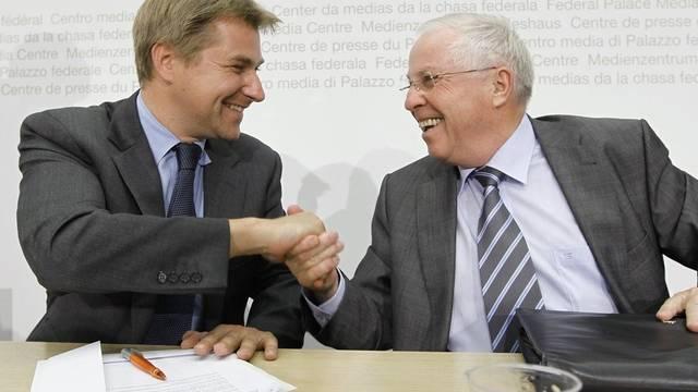 Toni Brunner (l) und Christoph Blocher (Archiv)