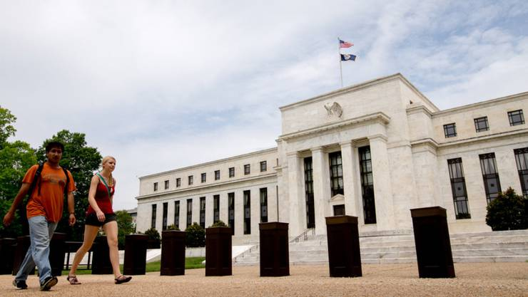 Das Federal Reserve Board Building in Washington - die US-Notenbank erhöht den Leitzins um Viertelpunkt. (Archiv)
