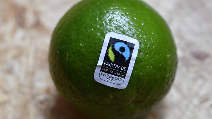 """Konsumentinnen und Konsumenten in der Schweiz achten immer mehr auf das Qualitätssiegel """"Fair Trade"""", der Umsatz von solchen Produkten ist auf einen Rekordwert gestiegen. (Themenbild)"""