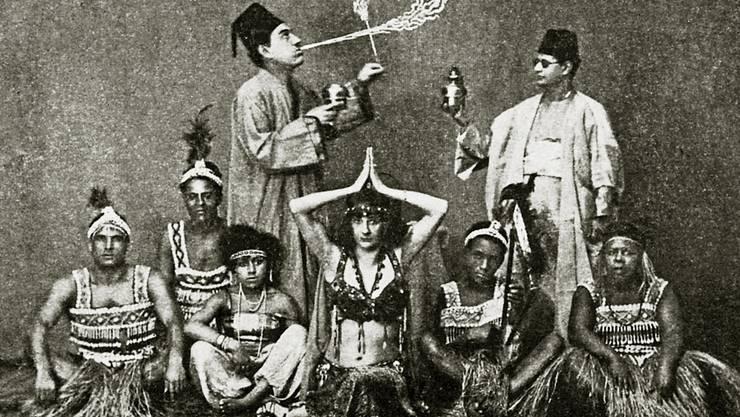 Diese Truppe trat 1928 mit dem Zirkus Knie in Aarau auf.