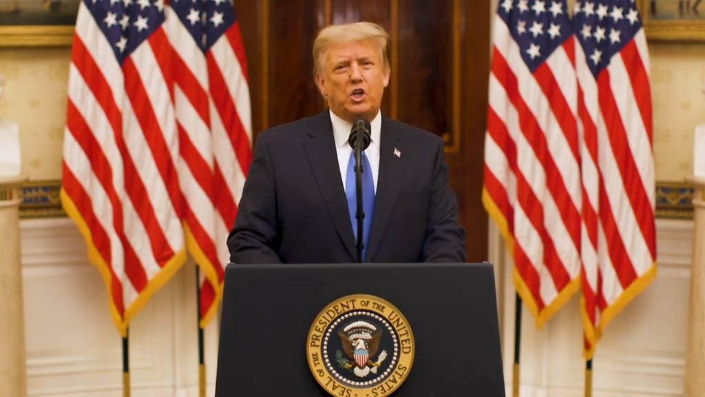 Selbstlob und Glückwünsche für die neue Regierung: Trump «betet» für Biden