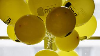 Luftballons mit dem BDP-Logo schmücken an der DV im Januar den Raum