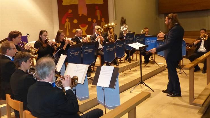 Die AEW Concert Brass Band unter Leitung von Tristan Uth spielte in der katholischen Kirche Gipf-Oberfrick.