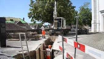 Im Moment sind die Arbeiten vor allem im östlichen Teil der Terrasse im Gang – der Zugang ist gesperrt.