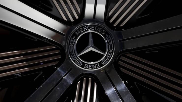 Der deutsche Autobauer Daimler gibt Milliarden für Batteriezellen für Elektroautos aus. (Archiv)
