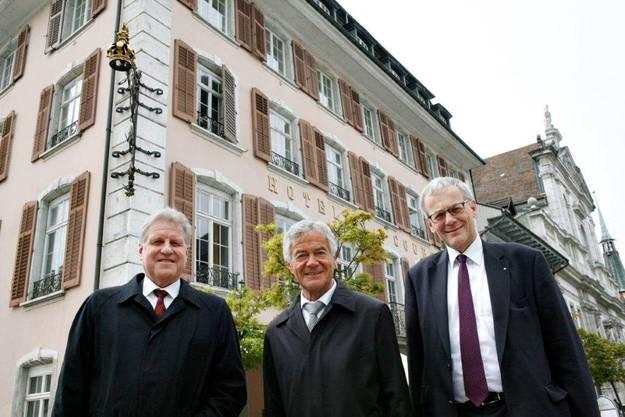 (v.l.) Markus Graf, Leiter CS Real Estate Asset Management Schweiz, Regierungsrat Walter Straumann und der Solothurner Stadtpräsident Kurt Fluri,