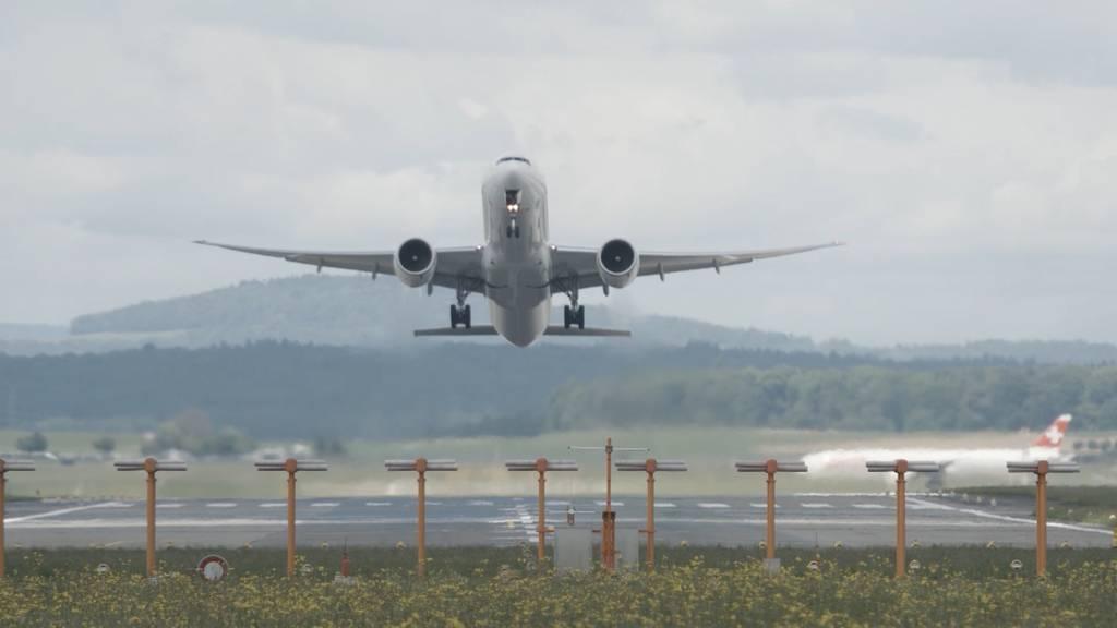 Gelockerte Einreisebestimmungen: Swiss steigt wieder in den Himmel