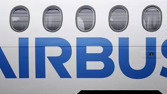 Der Airbus-Konzern hat vor Strafzöllen der USA auf seine Flugzeuge gewarnt. (Archivbild)