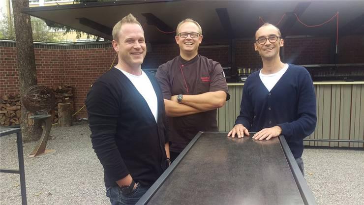 Das neue Leitungsteam mit Patrick Tobler (links), Küchenchef Gunnar Kriening und Ueli Wüthrich (rechts).