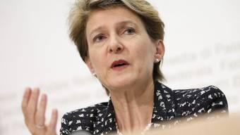Bundesrätin Sommaruga will die Familienrechte den neuen Lebensformen anpassen