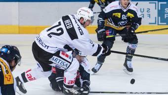 Tim Heed (Nummer 72) entschied das Derby in der Verlängerung zugunsten von Lugano
