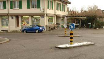 Beim Herzogplatz in Aarau habe ein unbekannter Mann ein Mädchen ins Auto locken wollen.