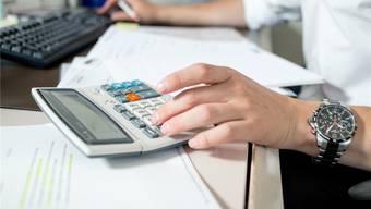 Der durchschnittliche Steuerfuss für natürliche Personen beläuft sich aktuell auf 118,4 Prozent. (Symbolbild)