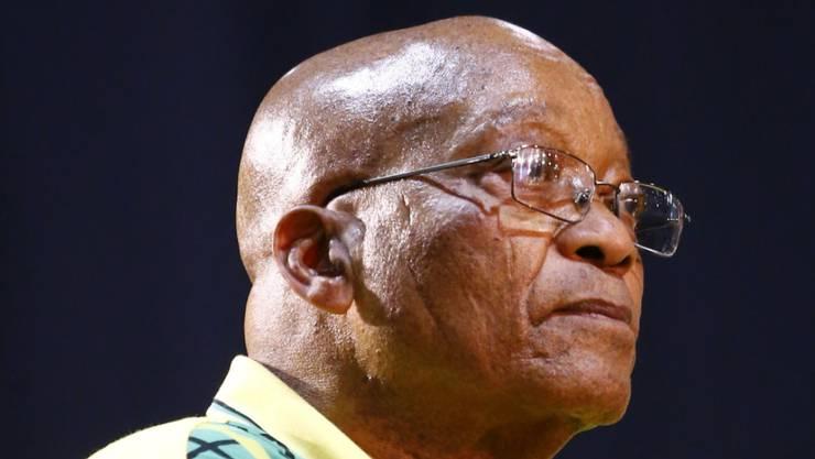 Jacob Zuma: Ein weiterer der korrupten Sesselkleber in Afrika nimmt unter Druck Abschied von der Macht, wie kürzliche Robert Mugabe in Simbabwe.