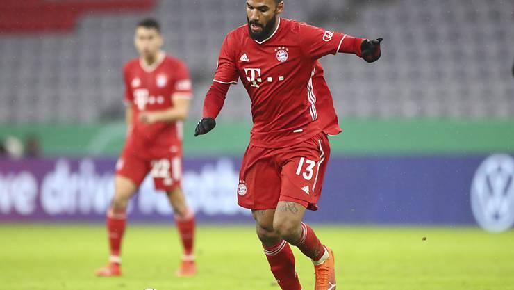Zwischen Maxim Choupo-Moting und dem Bayern-Trikot scheint es zu passen: Der Neuzuzug erzielt im ersten Einsatz für die Bayern zwei Tore