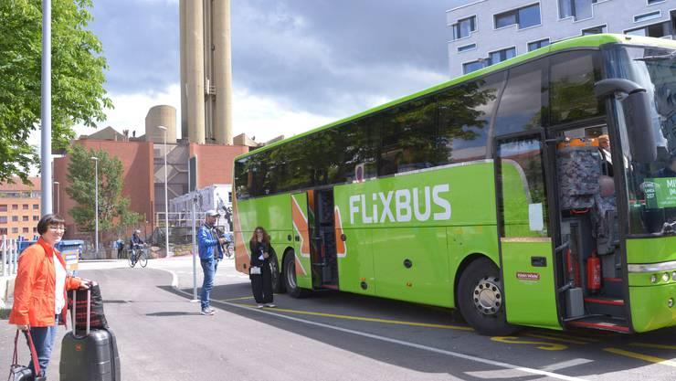 Ein Flixbus nahe des Basler SBB-Bahnhofs. (Archiv)