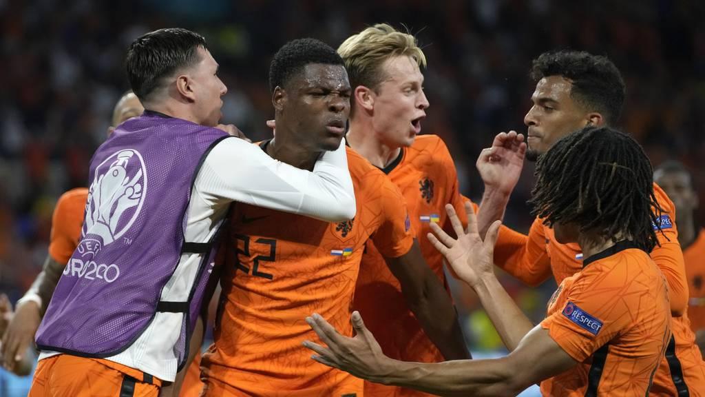 Spektakuläres 3:2 für die Niederlande