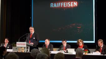 Sie orientierten über Geschäftsgang vor 200 Mitgliedern (v.l.): Verwaltungsrat René Horath, Verwaltungsratspräsident Iwan von Rohr, Bankleiter Andreas Furrer.