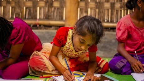 Glückskette: 32 Millionen für Kinder in Not