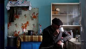 Kein Gas, kein fliessendes Wasser – das Leben rund um Tschernobyl ist hart. Geblieben sind die Alten.Vasily Fedosenko/Reuters