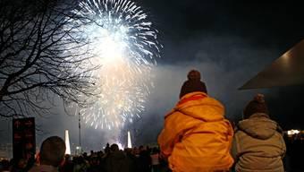 Seit über 20 Jahren veranstaltet die Gemeinde Geroldswil ein Silvesterfeuerwerk. Symbolbild: Philipp Schmidli