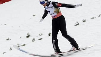 Diese Aufnahme von Johann André Forfang zeigt, welche Kräfte bei der Landung auf die Ski wirken