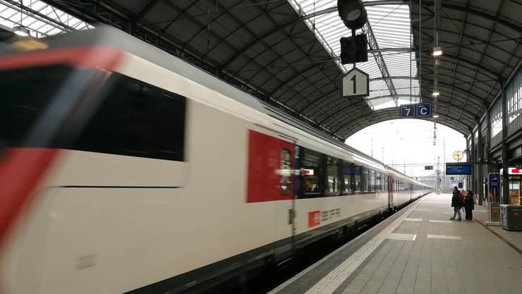 Eine S-Bahn im Bahnhof Olten, aufgenommen Anfang 2018. (Symbolbild)