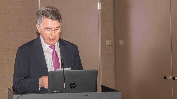 Der kompetente Referent Peter Schürmann