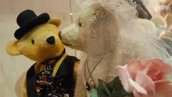 Die klassische Vorstellung ist bereits im Kinderzimmer fest verankert: Hochzeit ist, wenn Herr Bär Frau Bär zum Altar führt.